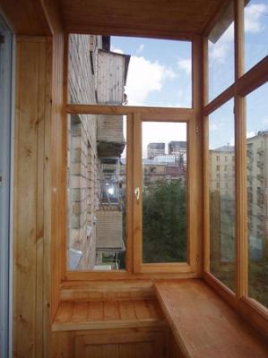 Деревянная система остекления балконов и лоджий